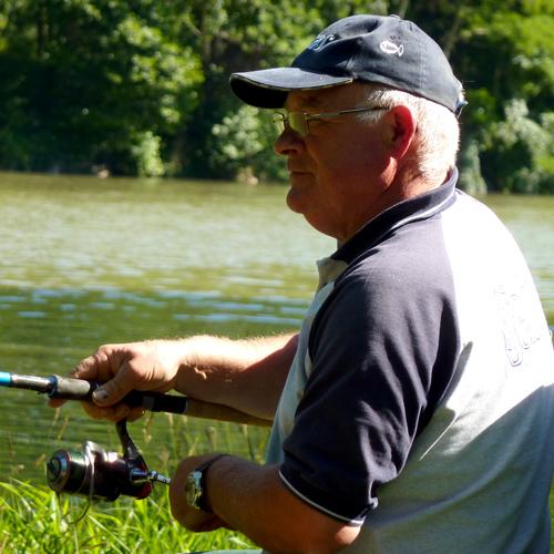 Bernard Bodineau capitaine de l'equipe de France de pêche au feeder