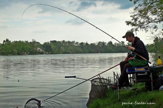 Pêcheur au quiver tip