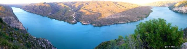 lac-de-riba-roja-fleuve-ebre