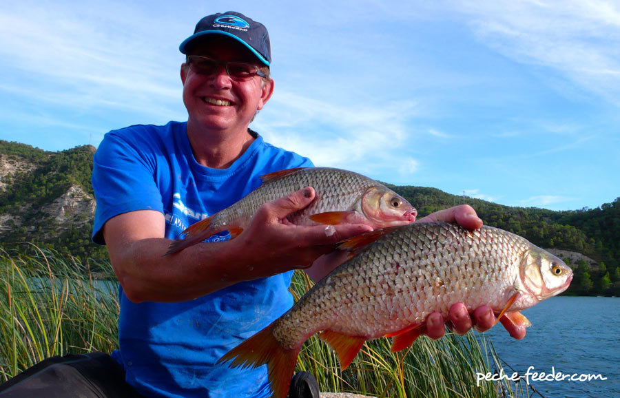 La pêche de Novosibirsk sur la rivière ob