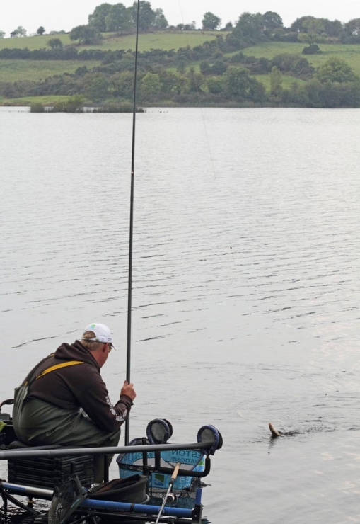 Adam-Wakelin-keeps-small-fish-coming-to-ensure-he's-on-top-of-the-leaderboard-in-the-Daiwa-Cup---low-res