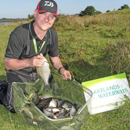 Daiwa-UK-Sales-&-Marketing-Manager,-Stephen-McCavaney-had-a-great-day-on-Connolly's-Shore---low-res