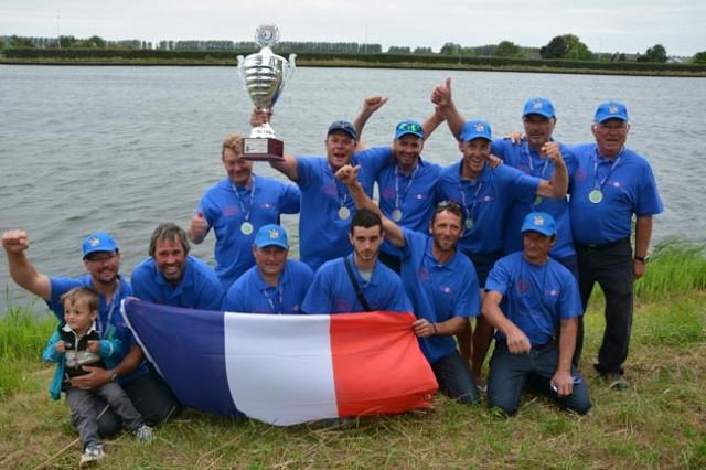 france-feeder-silver-medal-3