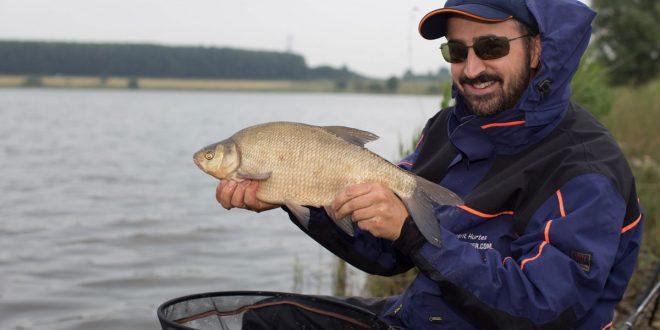 GURU MASTERS compétition de pêche au coup en hollande