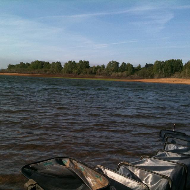 Pêcher au feeder par grand vent