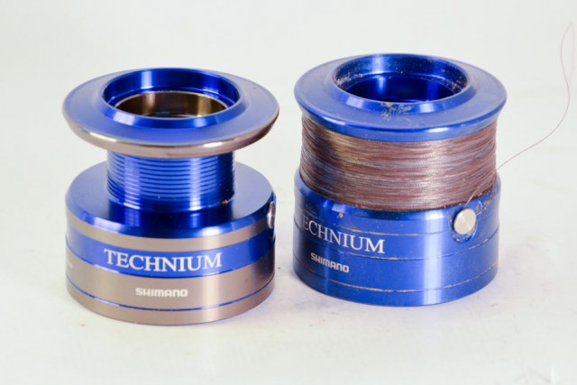 bobines-moulinet-shimano-technium-5000C-1