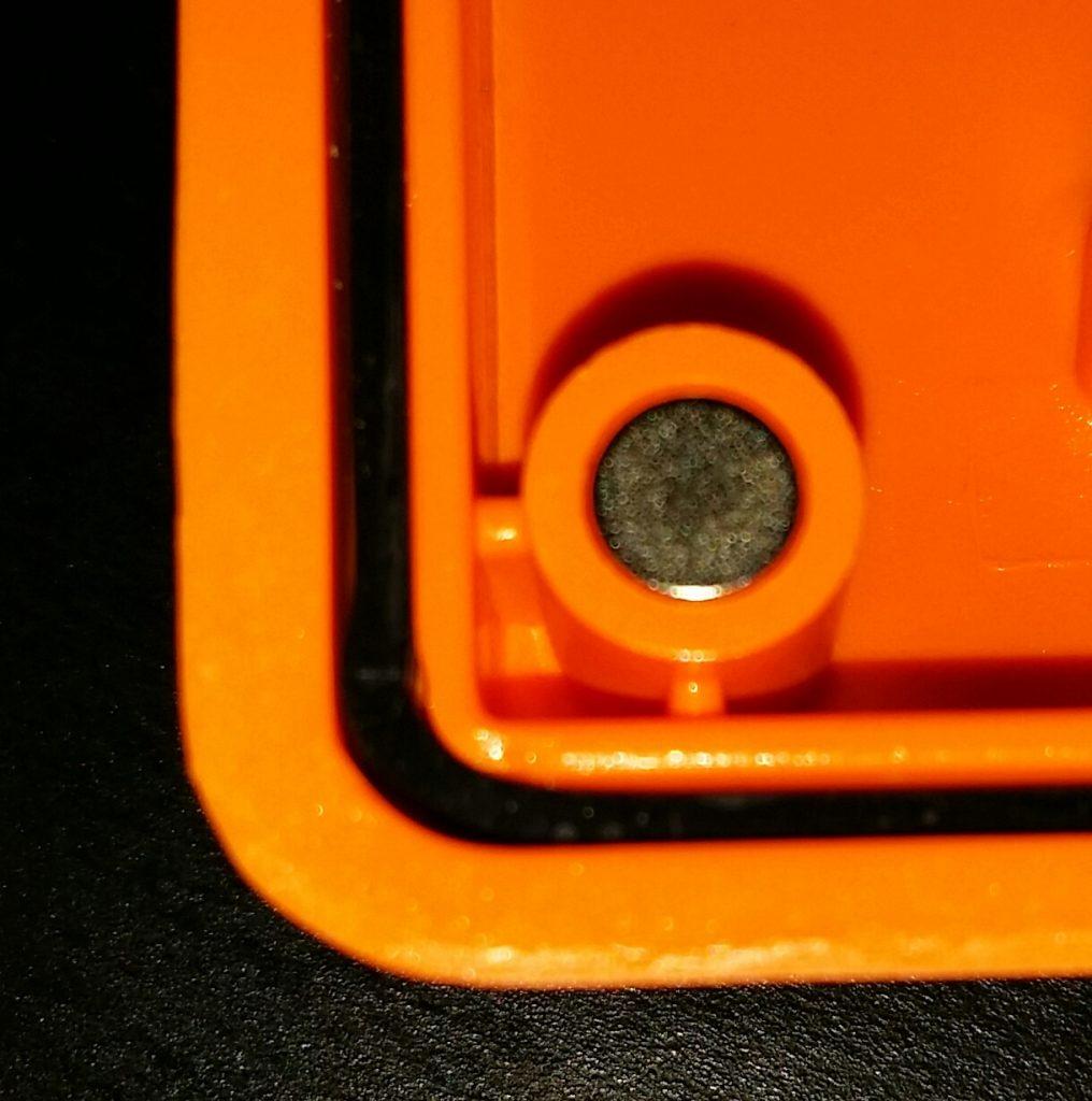 Un joint qui rend la boite fermée parfaitement étanche